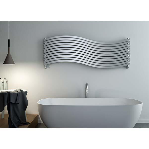 cordivari-termoarredo-design-calorifero-orizzontale-lola-arredo-bagno-570x1516-watt-549-acciaio-inox-finitura-satinata-ambiente