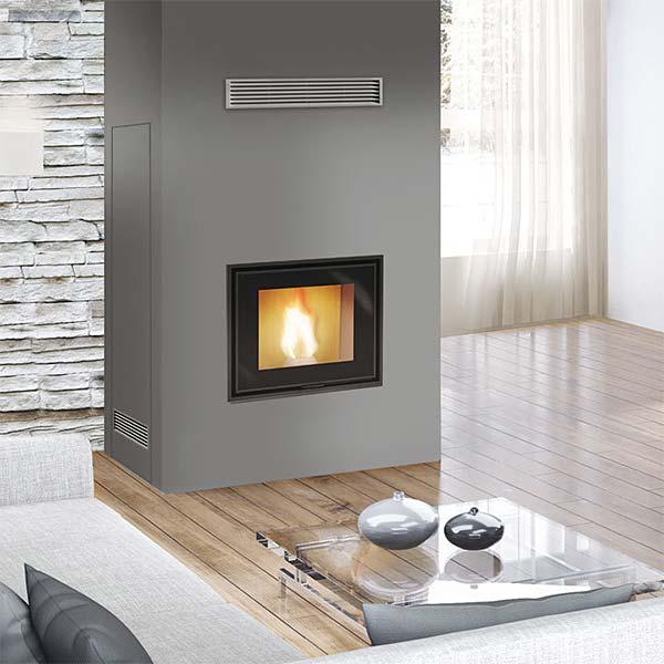 edilkamin-termocamino-a-pellet-kw-27-idropellbox-30-a-vaso-chiuso-new-acciaio-nero-ambiente