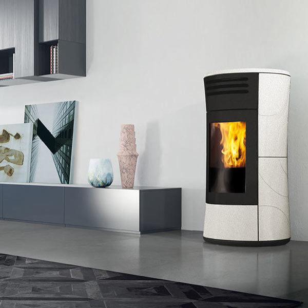 edilkamin-termostufa-pellet-stufa-idro-riscaldamento-kw-16,2-cherie-up-h-a+-ceramica-classe-a+-sale-e-pepe