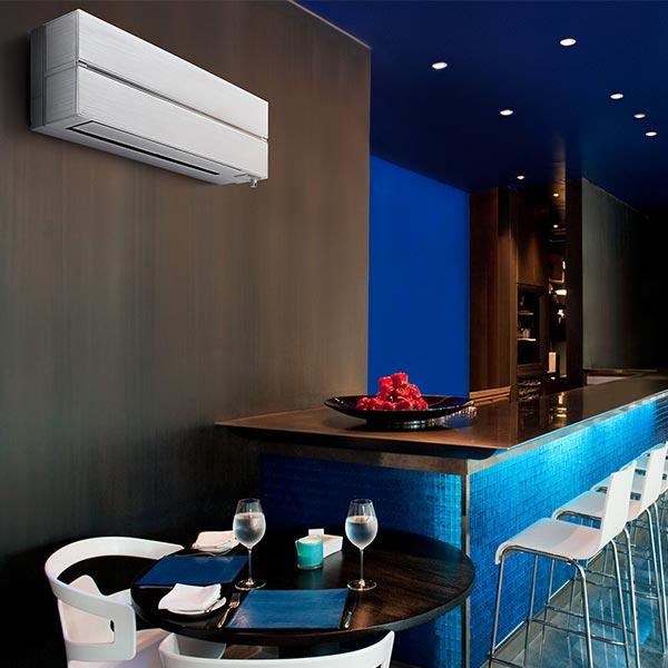 mitsubishi-climatizzatore-condizionatore-inverter-9000-btu-a+++-wi-fi-integrato-kirigamine-style-msz-ln25vgw-gas-r32-pearl-white-ambiente-bar-locali-eleganti