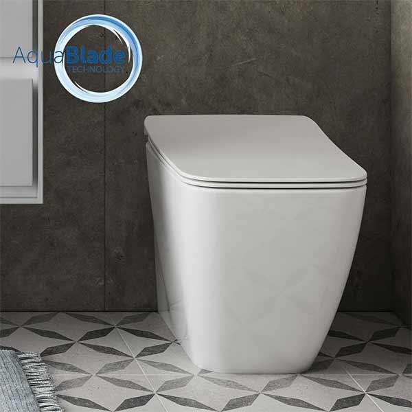 ideal-standard-strada-ii-sanitari-filo-parete-fissaggi-nascosti-vaso-wc-tecnologia-aquablade-+-sedile-a-chiusura-rallentata--t3599-arredo-zona-bagno