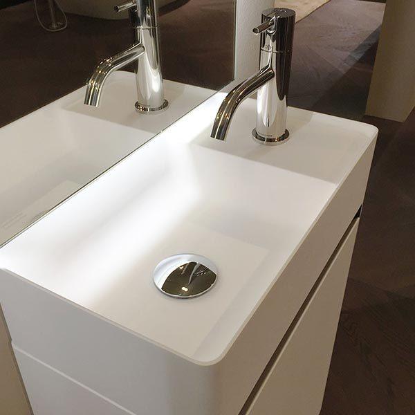 antonio-lupi-simplo-mobile-monoblocco-lavamani-sospeso-45-cm-finitura-laccata-bianca-con-piano-lavabo-flumood-dettaglio