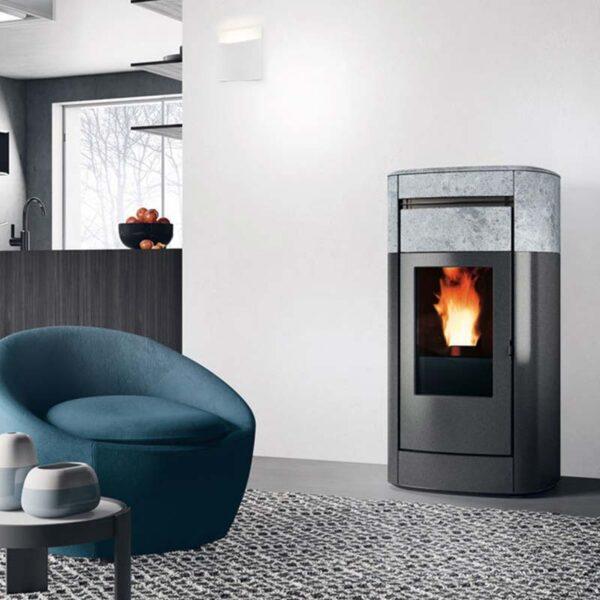 edilkamin-termostufa-a-pellet-vyda-h-18-classe-a++-pietra-ollare-ambiente